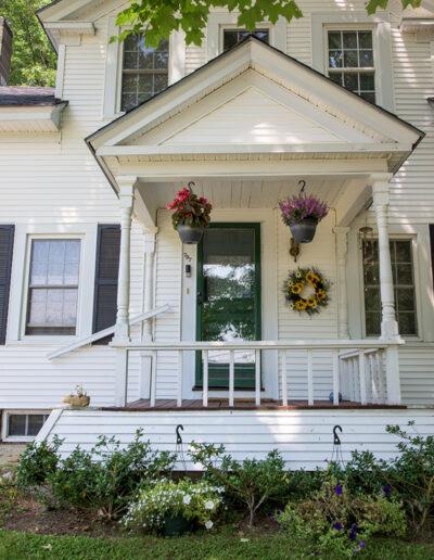 front door of Harrisville Inn