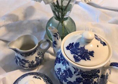 Tea set with flowers